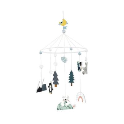 Lámpara de techo móvil infantil en madera de la marca Islandia Carlslund Vilac