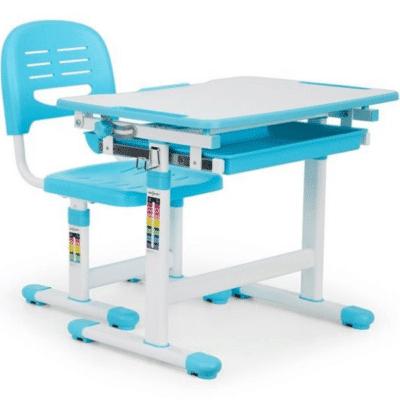 Escritorio azul para niños de la marca Tommi One Concept