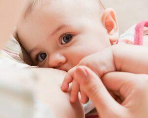 18 consejos para el reflujo gástrico del bebé (ERGE)