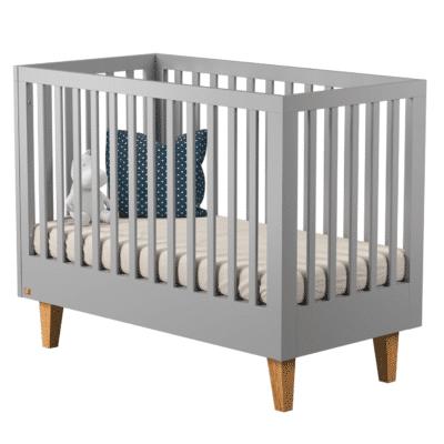 Belén de diseño de la marca Vox en madera gris