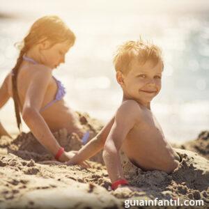 LOS MEJORES 8 juegos de playa para niños